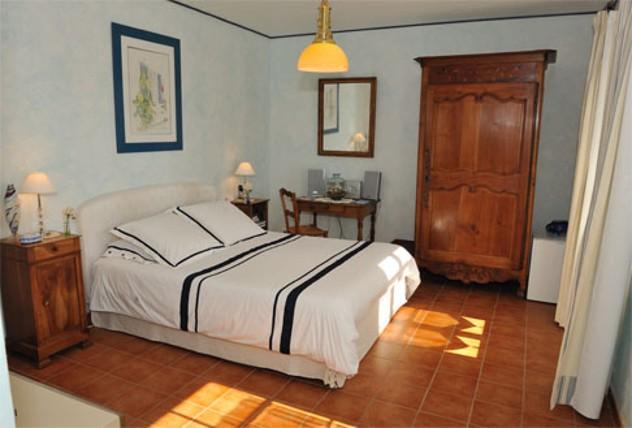 blanc marine maison d 39 h tes chambres d 39 h tes noirmoutier. Black Bedroom Furniture Sets. Home Design Ideas