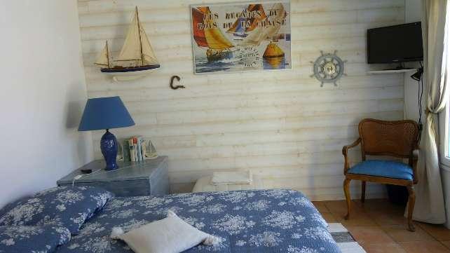 les yeux bleus chambres d 39 h tes noirmoutier. Black Bedroom Furniture Sets. Home Design Ideas