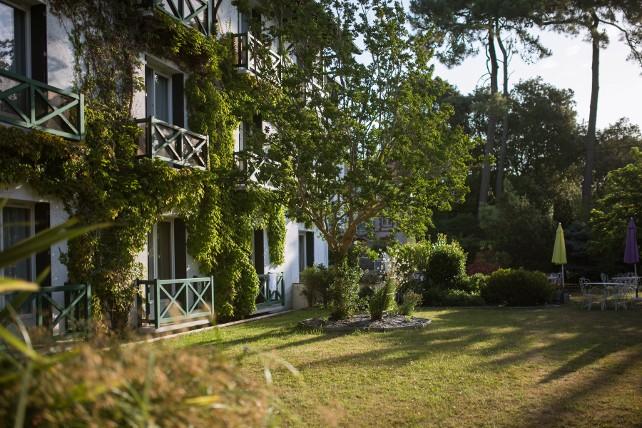 hotel saint paul noirmoutier en ile. Black Bedroom Furniture Sets. Home Design Ideas