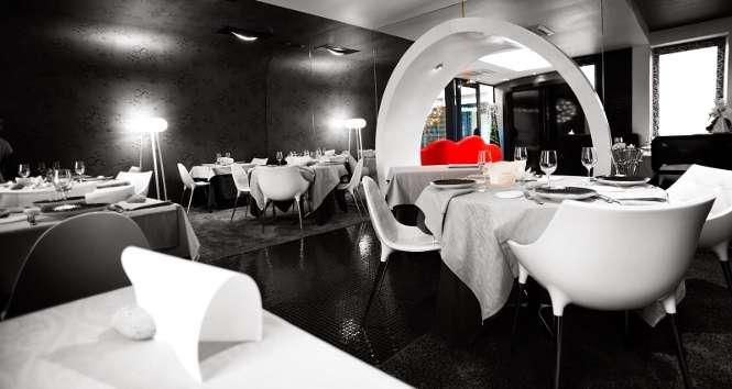 la marine restaurant gastronomique noirmoutier. Black Bedroom Furniture Sets. Home Design Ideas