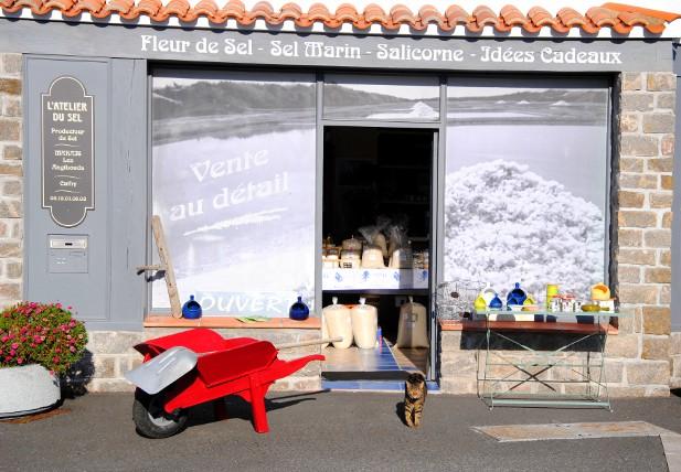 L 39 atelier du sel boutique produits du marais ventes de - Atelier du marais agencement ...