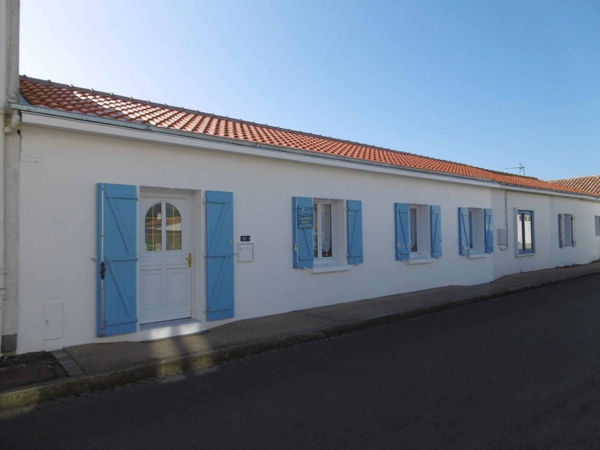 Mais l92 ile de noirmoutier l 39 herbaudiere 6 personnes location noirmoutier - Galerie du port noirmoutier ...